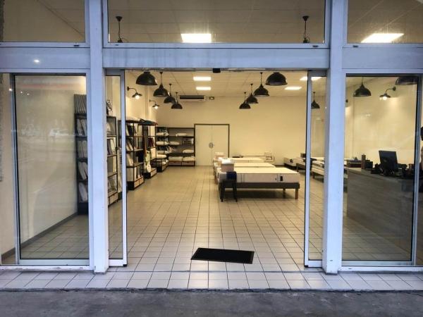 Porte magasin Réalisation L'Atelier SAGIP